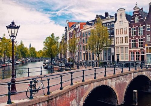 amsterdam-550x400