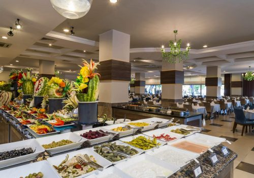 hotel-hane-garden-food